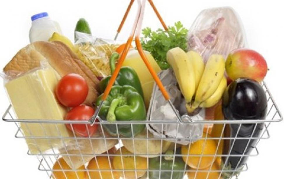 """Мінімум, щоб не вмерти. Споживчий кошик від уряду: """"нові"""" набори продуктів харчування, непродовольчих товарів та послуг."""